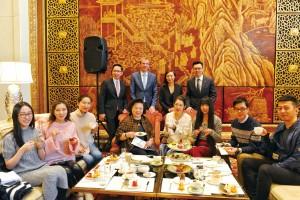 中国大饭店华洛芙下午茶宴合影